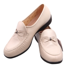 OTAFUKU健康磁疗鞋女款ストーリ款(白39码)